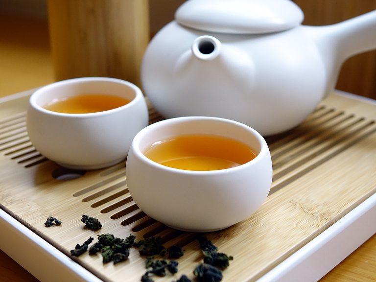 Zielona herbata chińska i jej sposób podawania